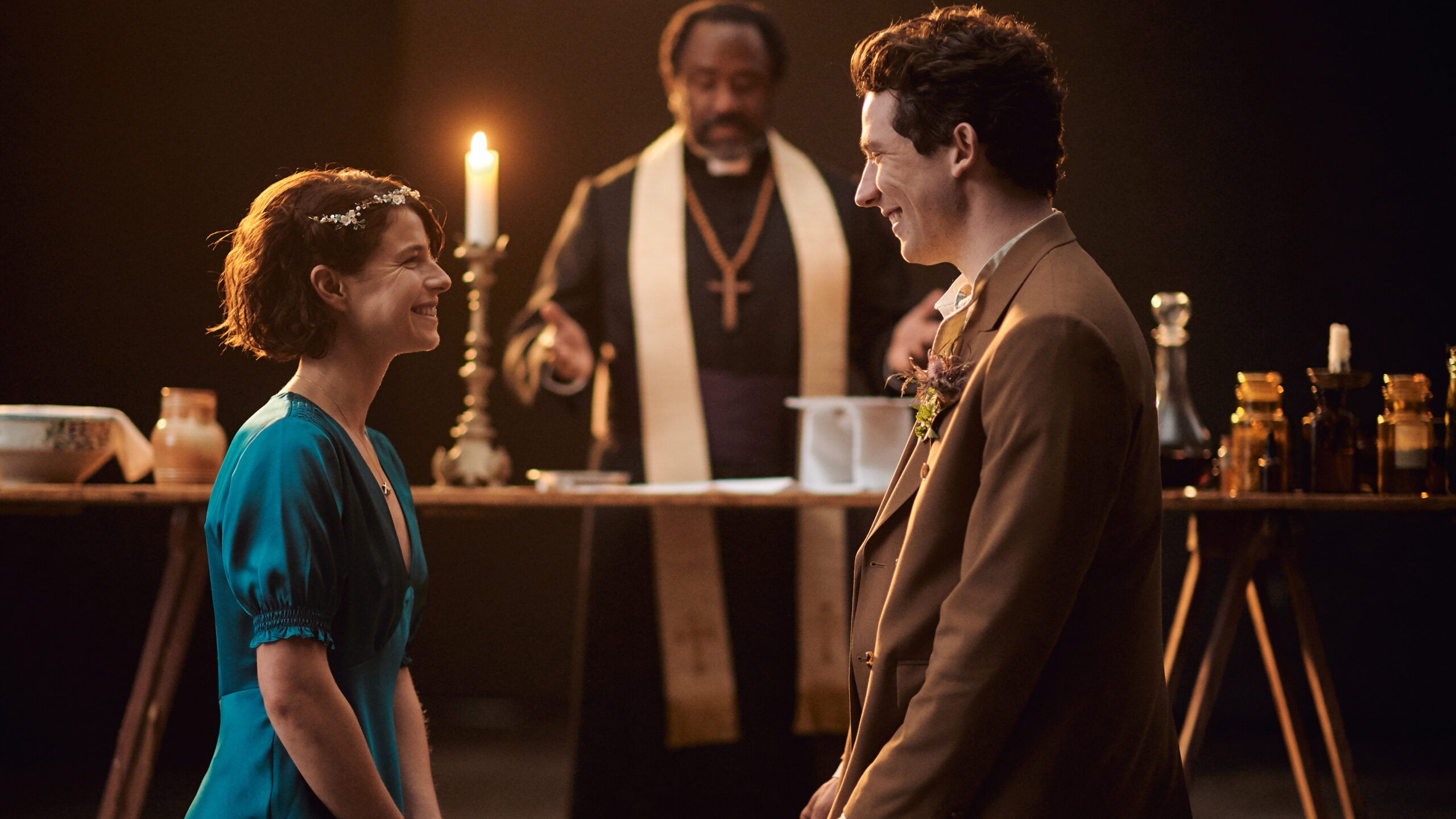 A Pandemic 'Romeo & Juliet' Finds A New Language Of Love And Loss